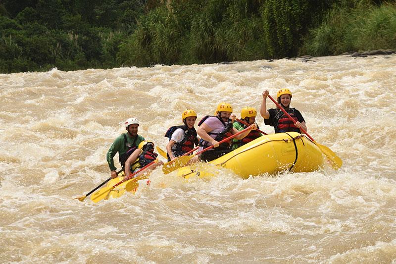 Reventazon River Rafting 1 Day